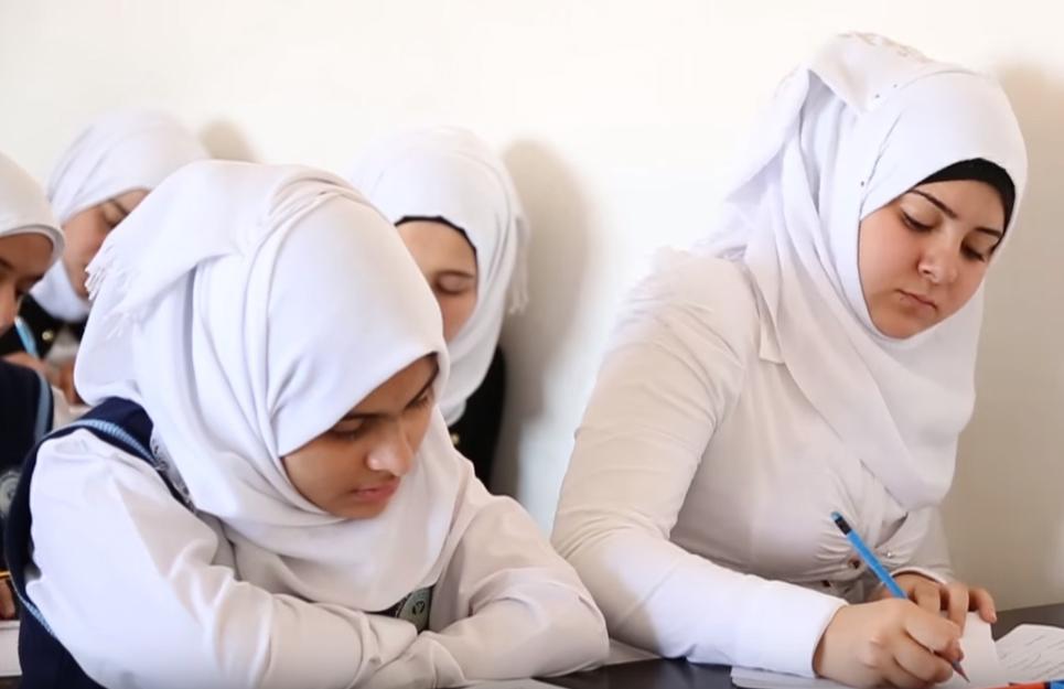 كوردستان تعاقب ثلاثة من المسؤولين عن أسئلة الامتحانات الوزارية