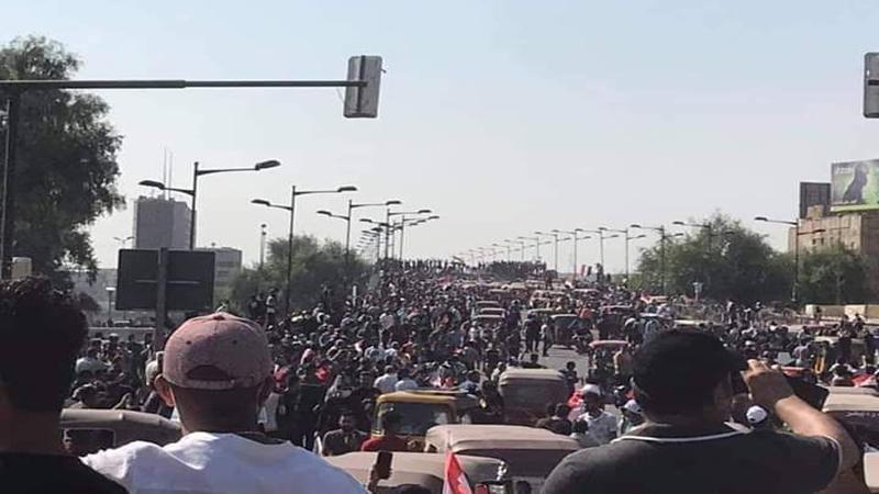 اصابات جديدة بصفوف المتظاهرين وقناصون يعتلون مبنى وزارة