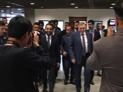 علاوي يصل الى البرلمان والحلبوسي يستقبله بابتسامة عريضة