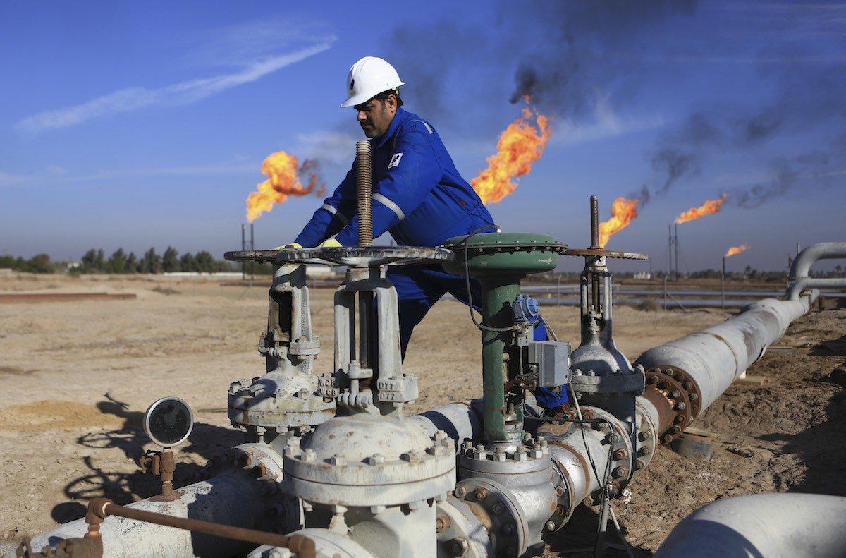 النفط تعلن توقف انتاج حقل جنوبي العراق: وفر 1000 فرصة عمل
