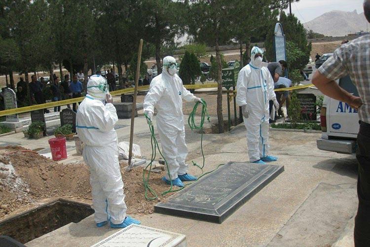 """ايران.. عدد وفيات كورونا يرتفع إلى 12 و""""الصحة"""" تكشف طريقة الدفن"""