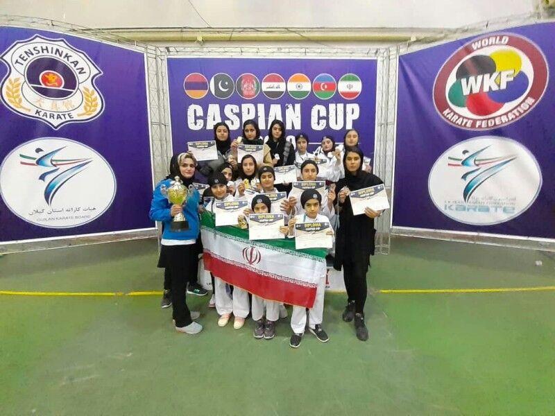 فتيات ايلام يكسرن الارقام ويحصدن 33 ميدالية ببطولة دولية للكاراتيه