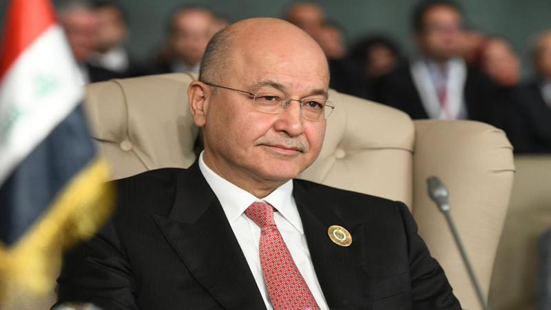 بينهم مرشح من المتظاهرين.. صالح يتسلم أربعة أسماء لخلافة عبدالمهدي