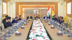 برلمان كوردستان يناقش تداعيات الهجوم التركي وبدء النزوح من سوريا