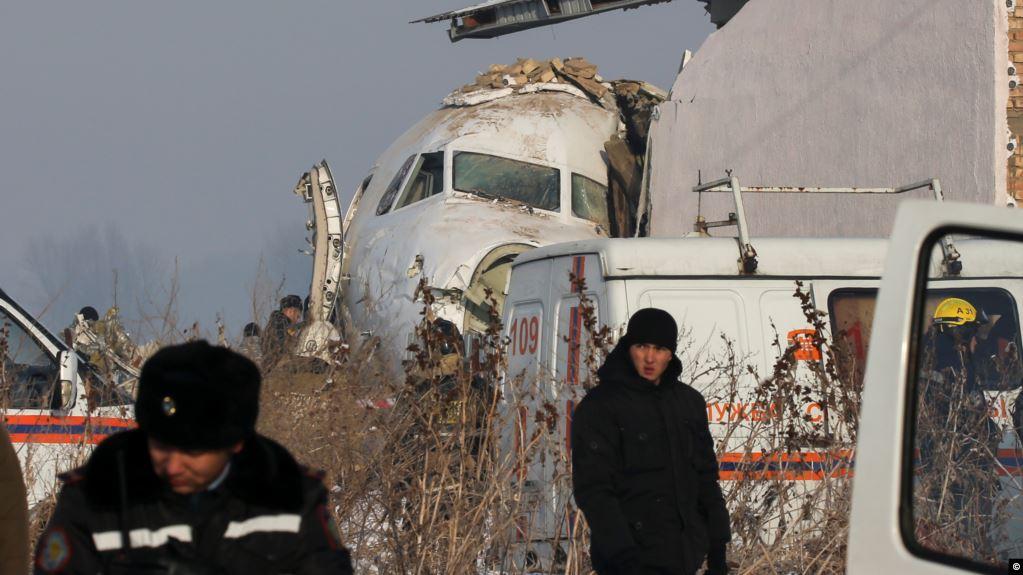 14 قتيلا بتحطم مروحية كازاخستانية
