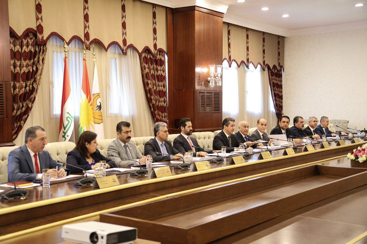 وفد كوردي رفيع برئاسة مسرور بارزاني يصل بغداد