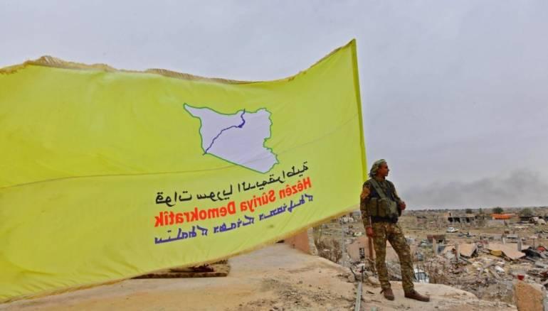 """""""قسد"""" توقف عملياتها ضد تنظيم داعش نتيجة الهجوم التركي"""