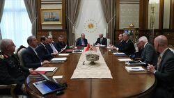 انتهاء لقاء أردوغان- بنس في أنقرة بعد مباحثات لساعة و40 دقيقة