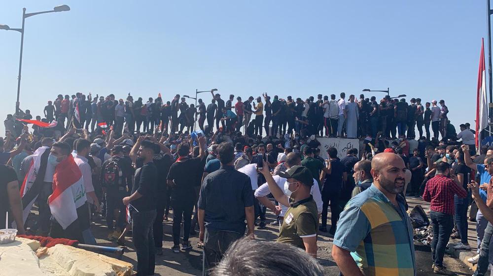 توافد جماهيري كبير صوب ساحة التحرير