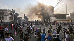 ارتفاع حصيلة القتلى والجرحى في صفوف المحتجين بمحافظة جنوبي العراق