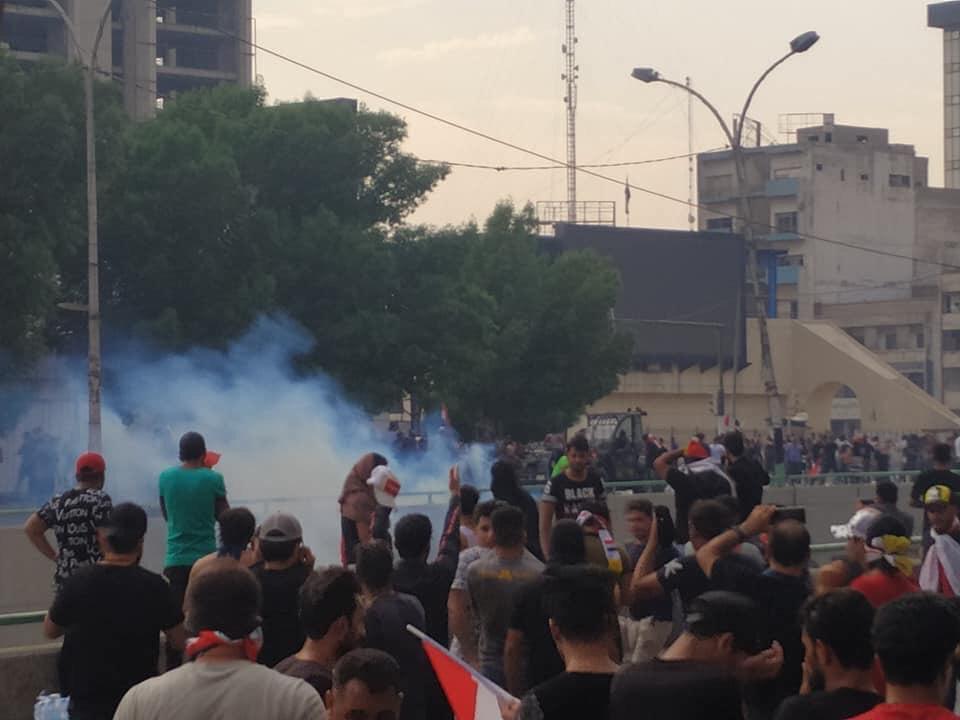 حزب عراقي يدعو التحالف الدولي الى توفير حماية جوية للمتظاهرين