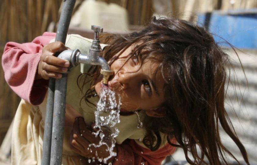 مدينة الطب متهمة بارزة.. ملايين العراقيين يشربون مياهاً ملوثة بالسرطان
