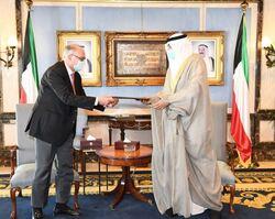 العراق يطلب تأجيل أو إلغاء ديون الكويت وسط شروط سعودية اماراتية