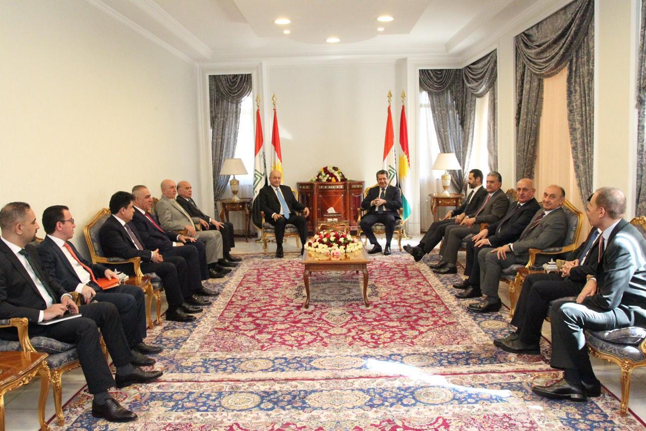 """بارزاني وصالح يتحدثان عن فرصة تقود لـ""""حل جذري"""" لخلاف بغداد- كوردستان"""
