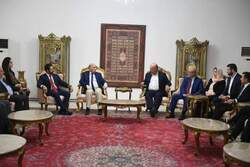 President of the Republic meets Fouad Hussein and KRG delegation