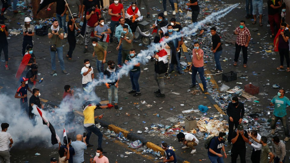 11 protestors were wounded in Clashes with police in Babel