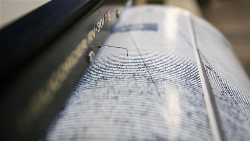 زلزال قوي يضرب مدينة ايرانية ويصل مداه لتركيا