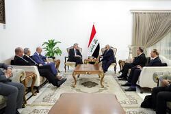عبدالمهدي يبحث مع شركتين عملاقتين كهرباء مستقرة لصيف العراق