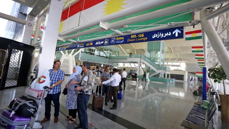مطار اربيل يستقبل اول طائرة من بغداد ويفرض اجراءاته على الوافدين