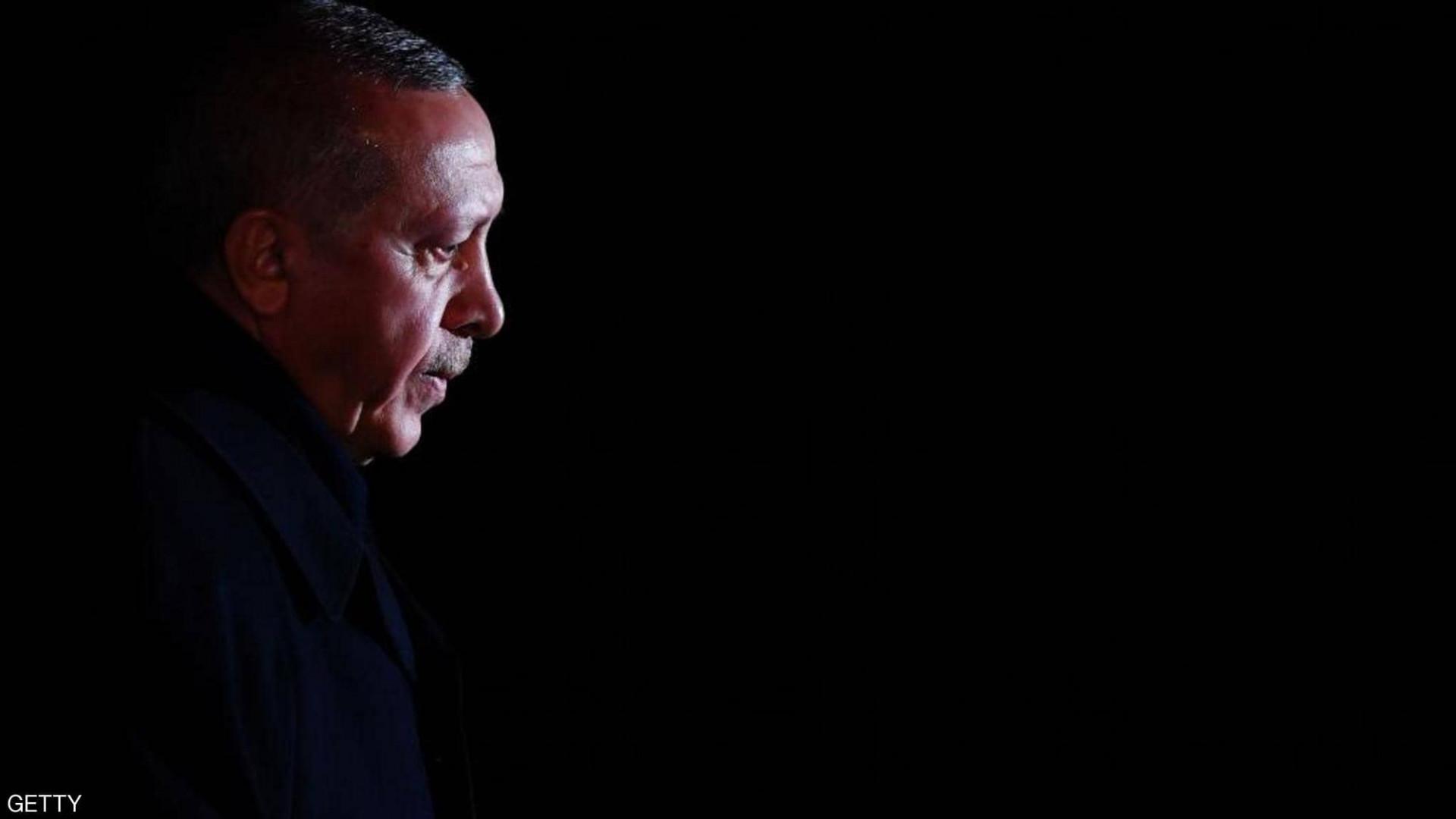 سياسات أردوغان تدفع لتراجع شعبيته في تركيا