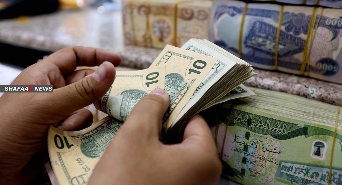 ارتفاع طفيف بأسعار صرف الدولار في بغداد واستقرارها بكوردستان