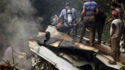 انشطار طائرة هندية لدى هبوطها ومقتل 14