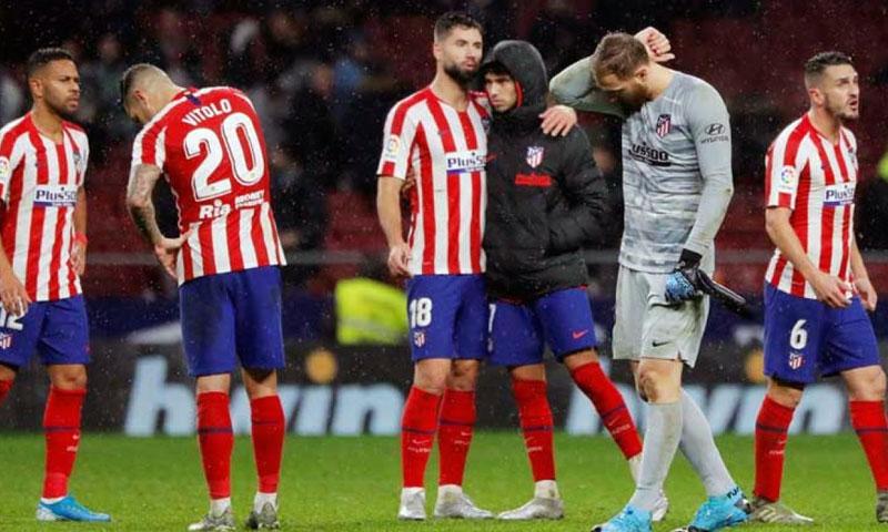 أتلتيكو مدريد يعلن إصابة لاعبيْن بفيروس كورونا