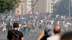 Beirut:  police uses tear gas as protesters regroup