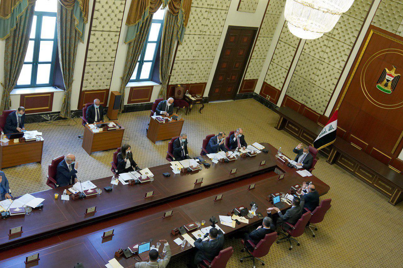"""وزير المالية أمام البرلمان لمناقشة """"الورقة البيضاء"""" و""""العجز المالي"""""""