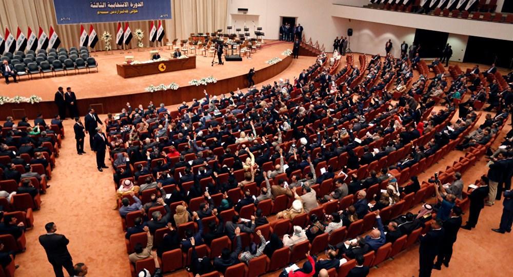 البرلمان بصدد تشريع قانون قد يشكل ضربة لحرية الرأي