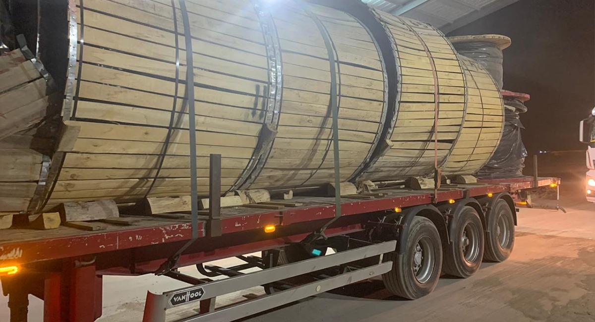 مخازن حكومية عراقية ترفض تسلم كميات كبيرة من مواد كهربائية قادمة من إيران