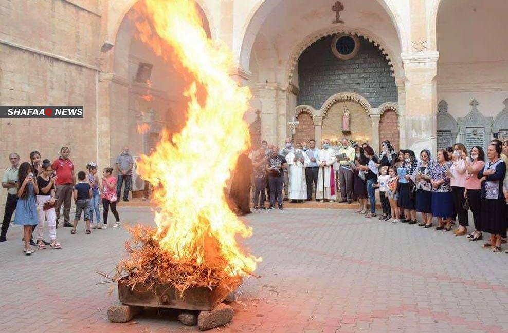 صور.. المسيحيون في العراق يحيون عيد الصليب بشكل مغاير