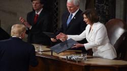 رئيسة مجلس النواب الأمريكي تدعو رسمياً لعزل ترامب