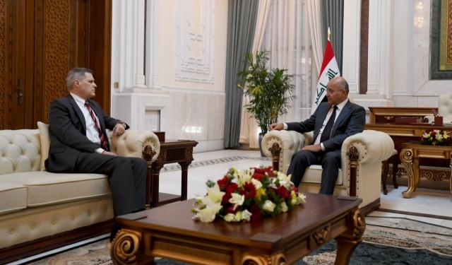 """الرئيس العراقي يناقش مع واشنطن """"احترام السيادة ورفض التدخلات"""""""