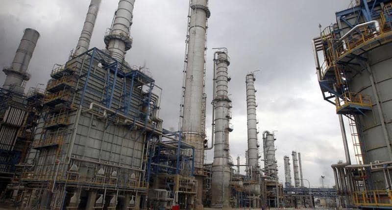 تراجع النفط بعد ارتفاع حدث غير متوقع في الولايات المتحدة
