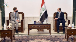Al-Maliki meets the British ambassador to Iraq