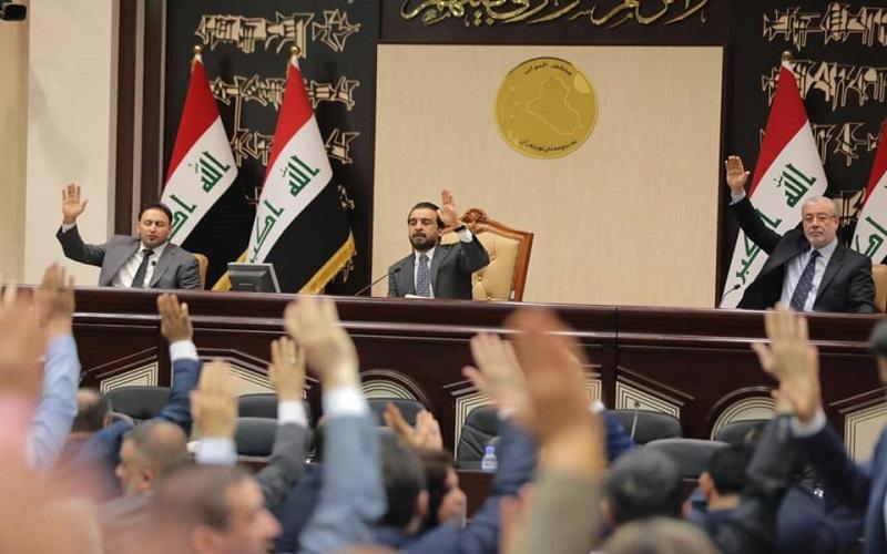 انسحابات وتمرد.. الخلافات تعصف بجلسة البرلمان العراقي