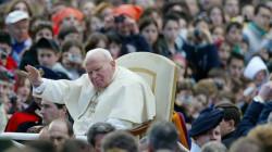 سرقة قطرات من دم البابا الراحل بولس الثاني!