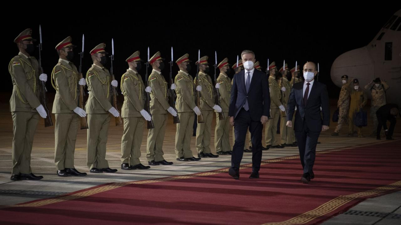 وصول وزير الدفاع الإيطالي إلى أربيل