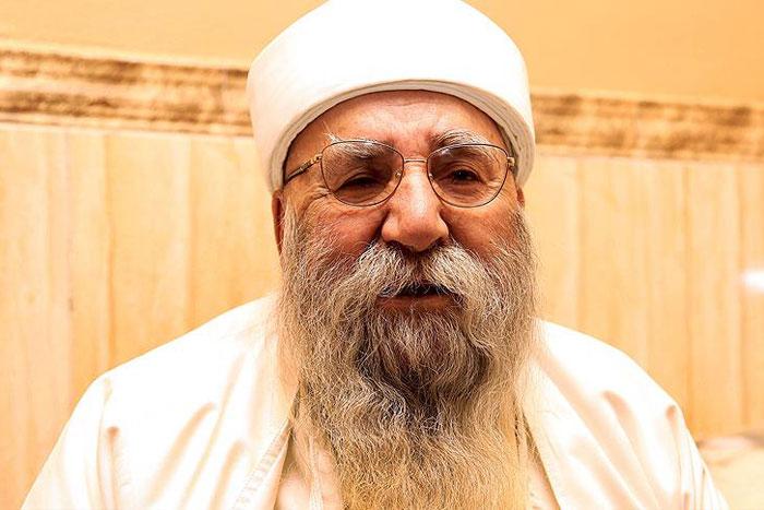 """تدهور الحالة الصحية لـ""""لأب الروحي"""" للايزيديين"""