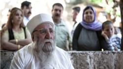 """الكاظمي يعزي بوفاة """"بابا الشيخ """" ويصفه برجل السلام والثبات في الأوقات العصيبة"""