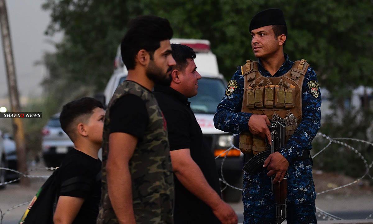 وزير الداخلية يوجه برفع مستوى الجاهزية لتسلم الملف الأمني من الدفاع