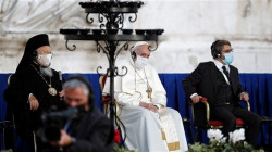 Pope Francis wears mask at public event