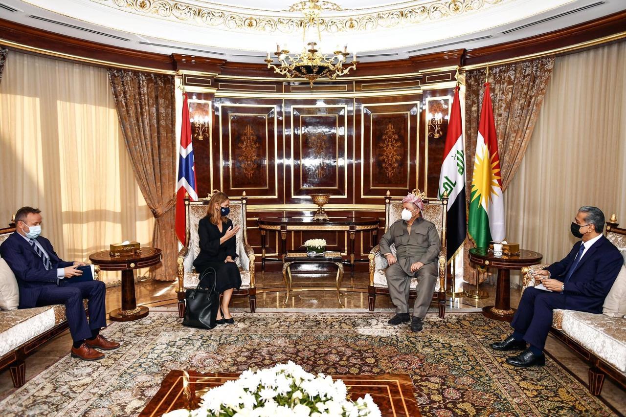 مسعود بارزاني:  العلاقات مع بغداد اتخذت مسارا إيجابيا وهناك فرصة لحل المشكلات