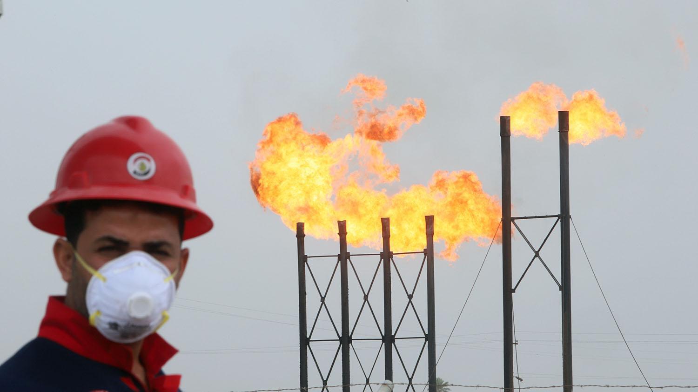 النفط يرتفع وبرنت الى ما فوق 52 دولارًا قبل اجتماع أوبك +