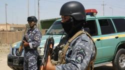 القوات العراقية تحبط عملية تهريب مخطوطات ومسكوكات واختام اثرية .. صور
