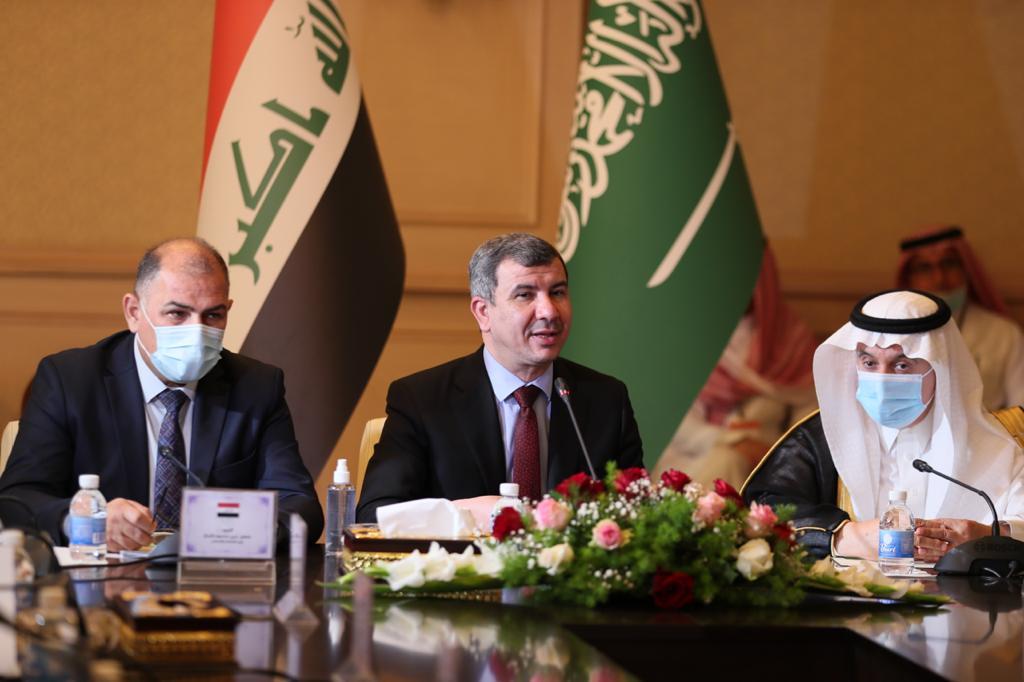 العراق يتطلع لمشاريع جديدة مع السعودية بمجال الكهرباء واستثمار الغاز