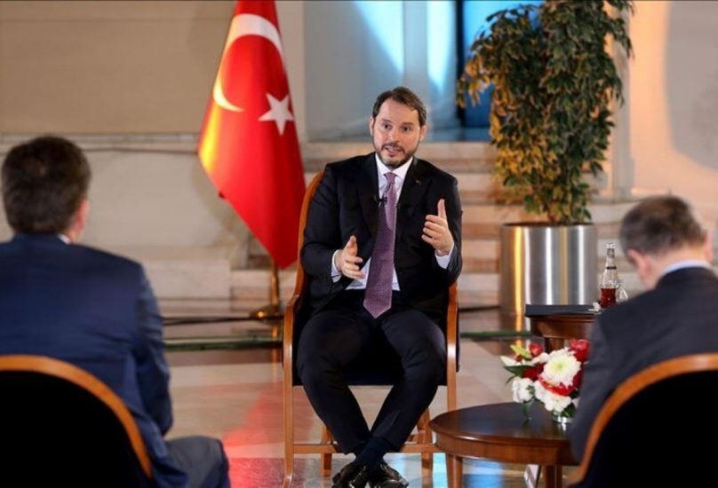 استقالة وزير المالية التركي عقب انهيار الليرة