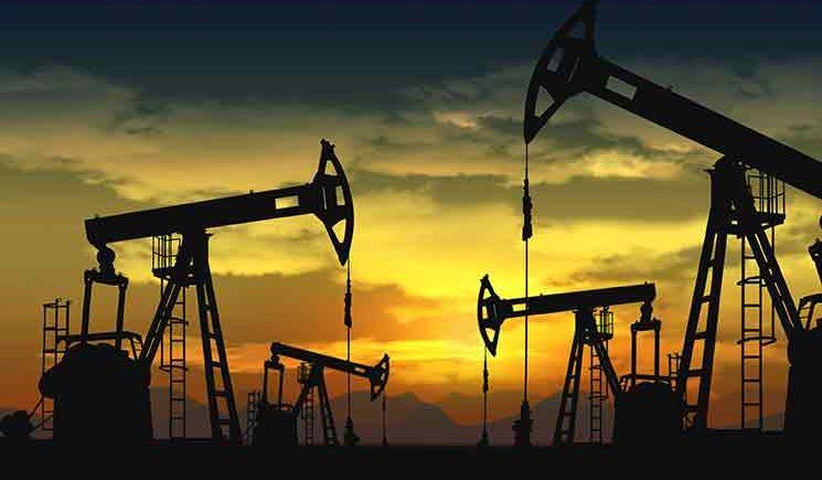 أسعار النفط تتكبد مزيداً من الخسائر