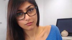 ميا خليفة: وزير خارجية لبنان حظرني عبر انستغرام